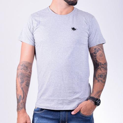 camiseta masculina básica algodão  modelo bordado