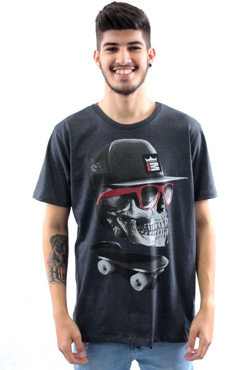 camiseta masculina caveira skate- arquitetura da moda preto. Carregando  zoom. fd936753b03