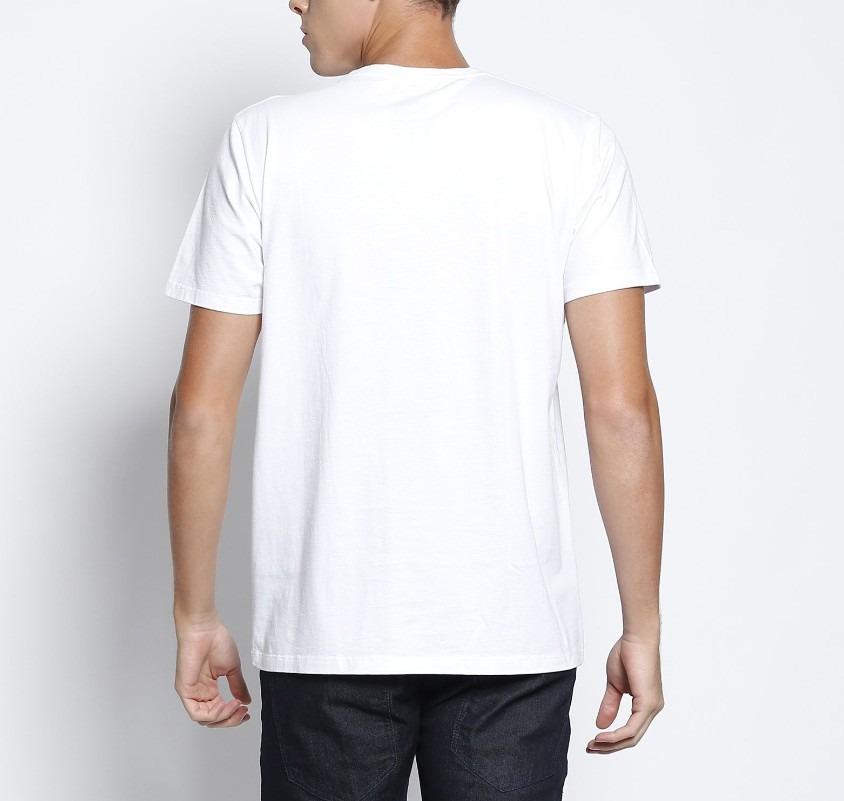 5e53694a3 camiseta masculina estampada colcci tam m vários modelos. Carregando zoom.