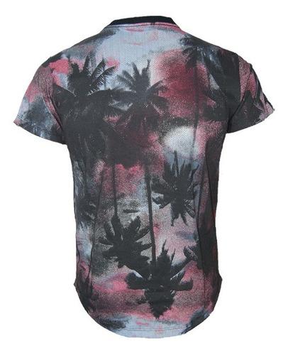 camiseta masculina floral