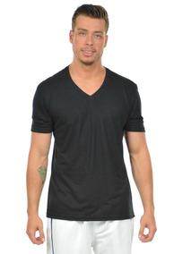 df810fb5ab Camiseta Masculina Lisa Decote V Branca Preta Raso Profundo ...