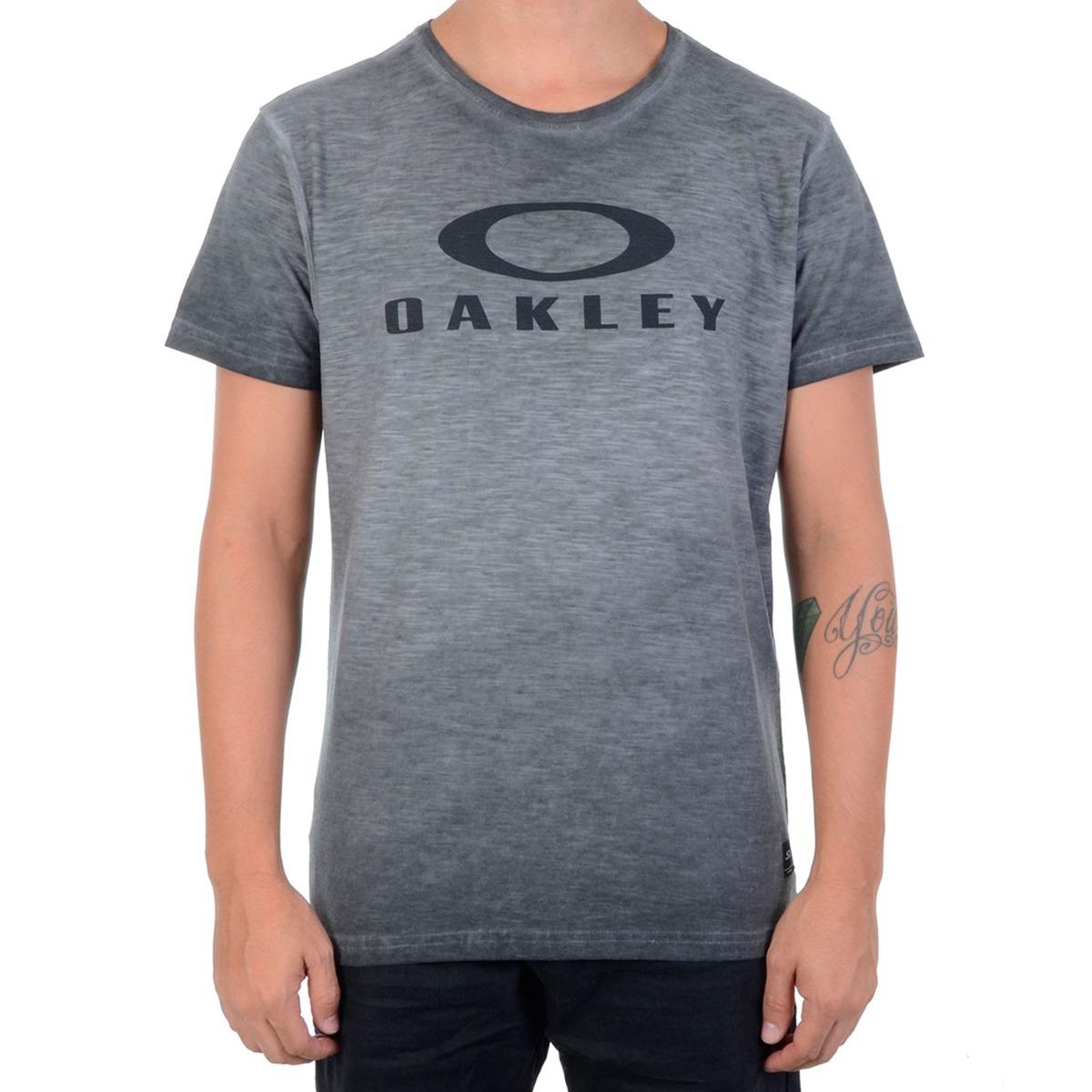 ea18092c884c1 Camiseta Masculina Oakley Especial Brand Sp Chumbo - R  98,00 em ...