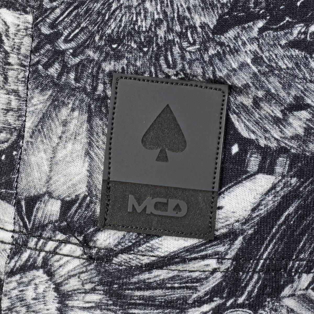 25ee472d56 camiseta mcd full bird preta. Carregando zoom.