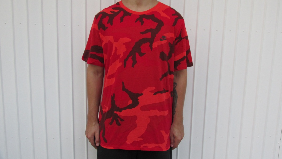 camiseta nike futura camo camuflado vermelho original. Carregando zoom. 1edc969de1de7