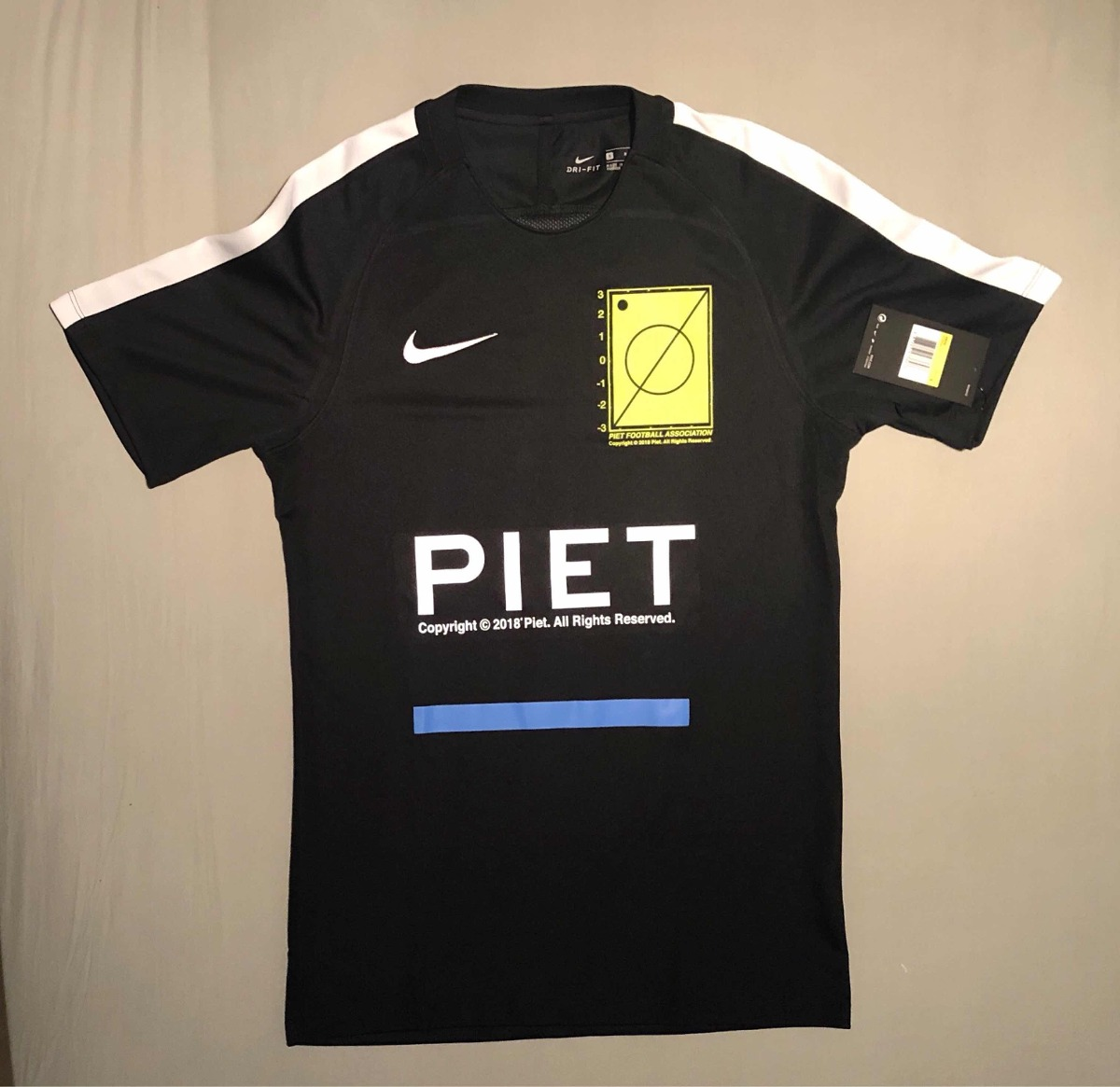 camiseta nike piet football association. Carregando zoom. ac83324250b36