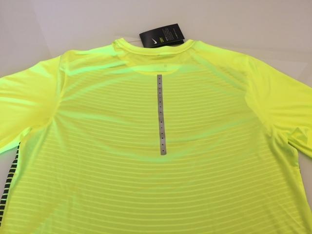 7262c4495965c Camiseta Nike Running Amarela E Preta - R  69