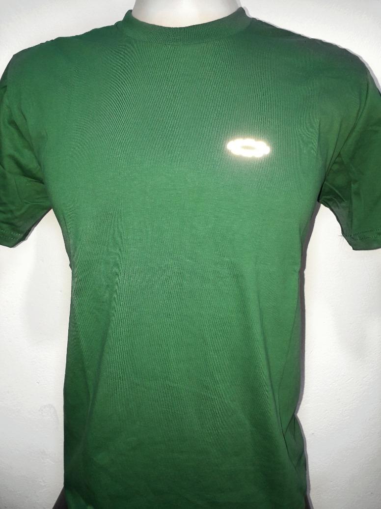 ea412ec64d970 camiseta oakley camisa oakley símbolo luminoso olho de gato. Carregando  zoom.