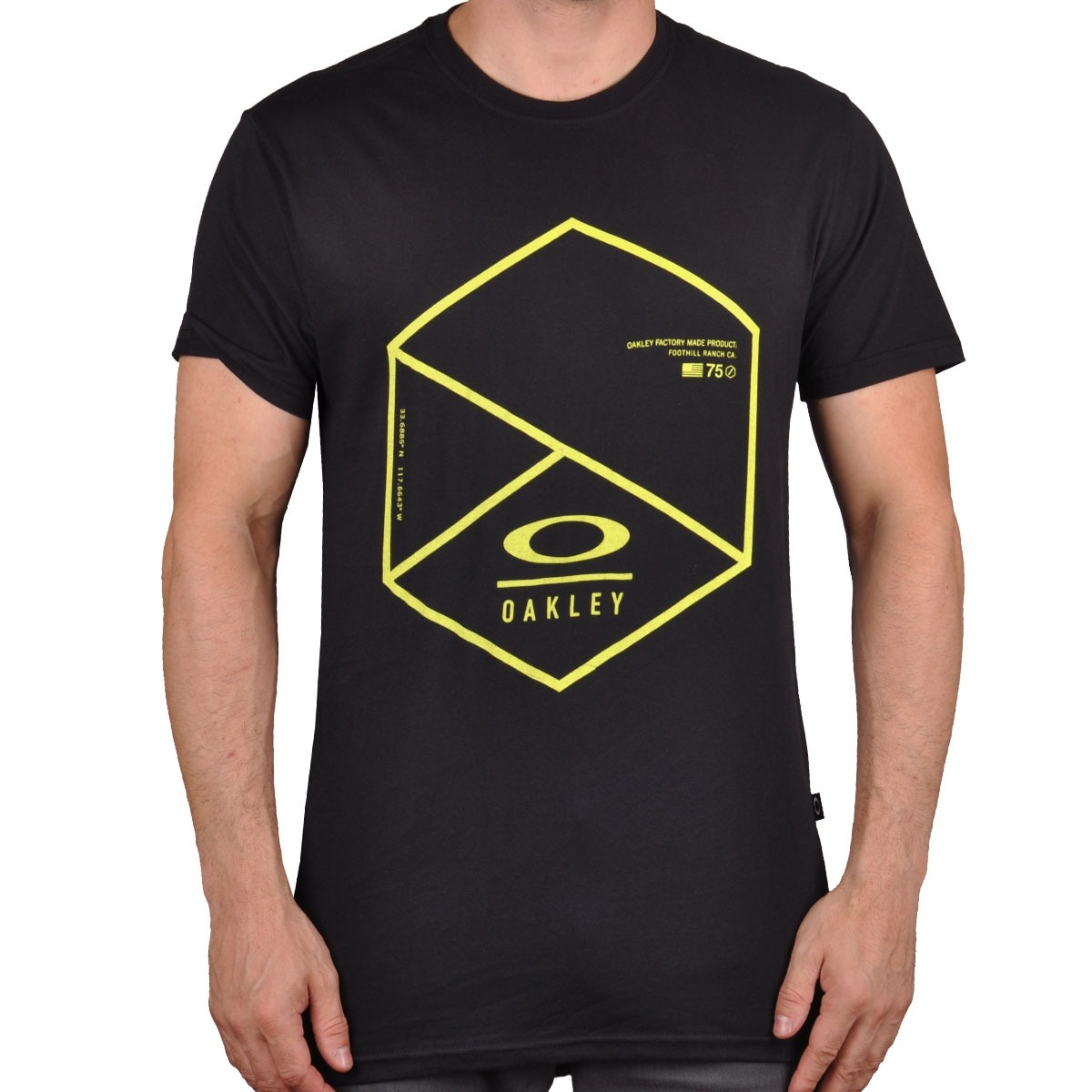 7379d336b8 Camiseta Oakley Chopped - Cut Wave - R  59