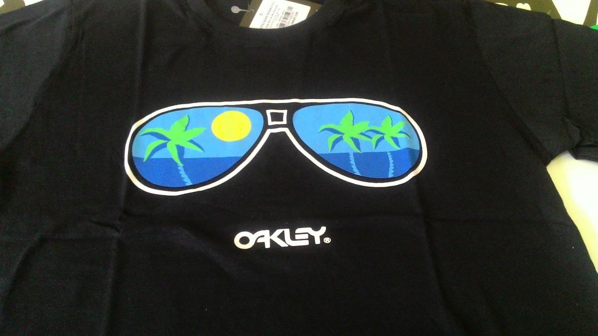 e96af2dc7c0b6 Camiseta Oakley Original Blusa Masculina Surf - Sem Imposto - R  59 ...