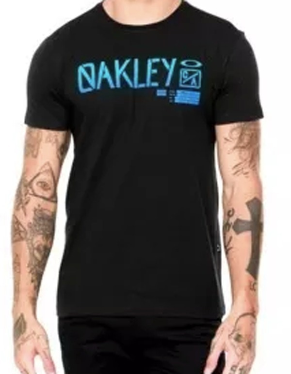 Camiseta Oakley Preta Original Nova - R  79 417b8ab3586