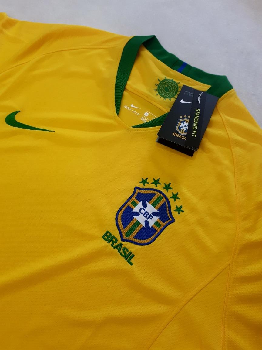 dcae155b7a ... camiseta (oficial) nike brasil copa do mundo russia 2018. Carregando  zoom. 415651385eedab  Camisa da Seleção ...