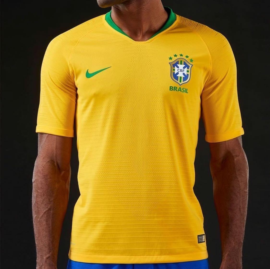 6dda69c7e21e1 camiseta oficial nike seleção brasileira 2018 original. Carregando zoom.