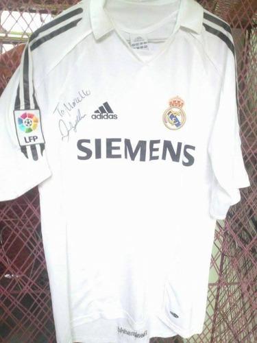 camiseta original del real madrid autografiada por david bec