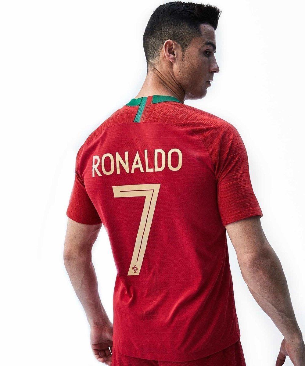 Camiseta De Portugal Nike 2018 Ronaldo 7 -   2.399 37c6e634952a6