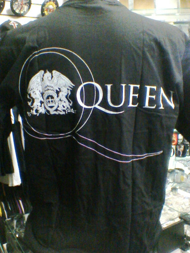 camiseta queen grupo brian freddie john roger tamanho g