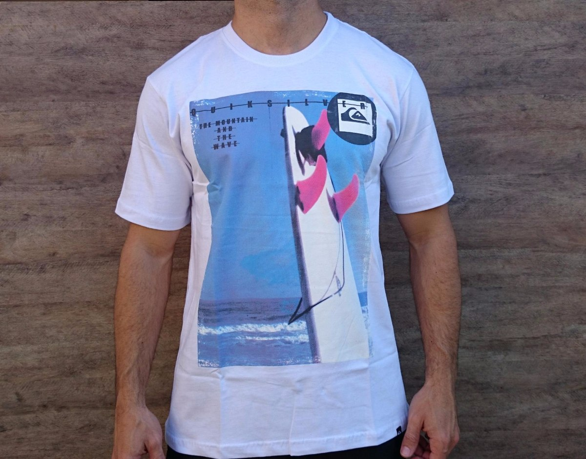 05560512ad49b Camiseta Quiksilver Board Mountain And Waves Branca - R  39,90 em ...