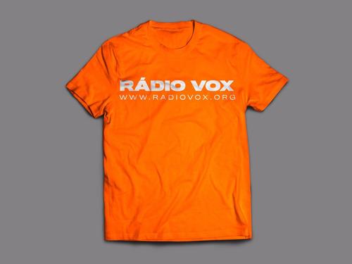 camiseta rádio vox - radiovox.org - preta e laranja