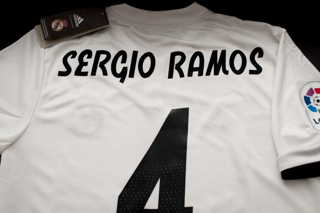 Camiseta Real Madrid Titular 2018-19 Sergio Ramos -   1.400 8d539abdd1fad