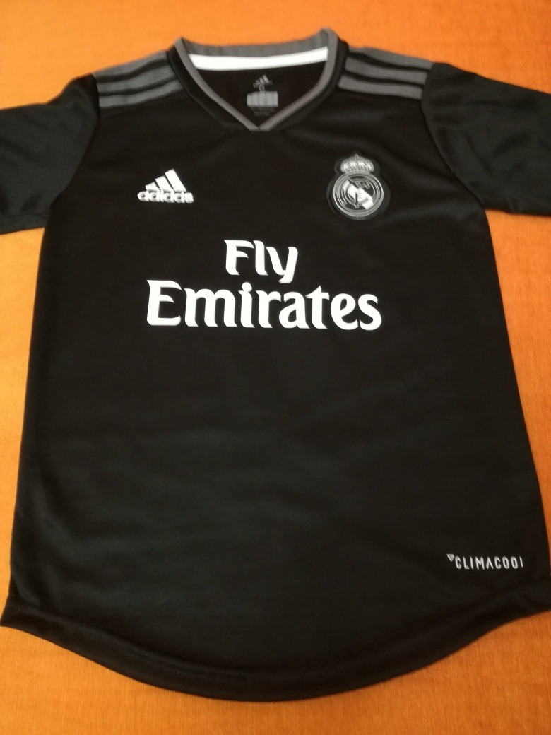 camiseta real madrid alternativa  9 benzema. Cargando zoom. cdefe08331ba9