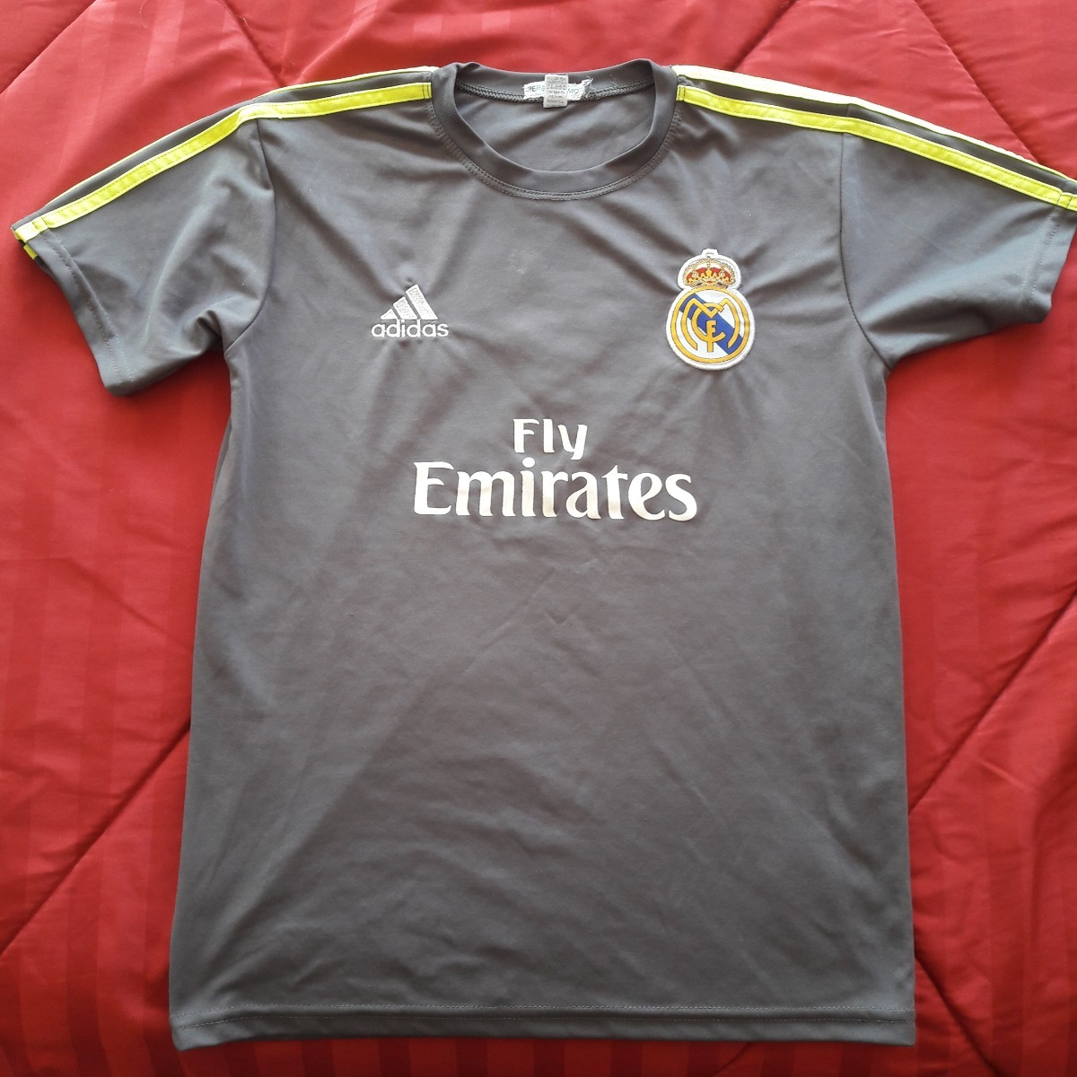 b5c1f5b324e2b camiseta real madrid gris numero 7 ronaldo - usada. Cargando zoom.