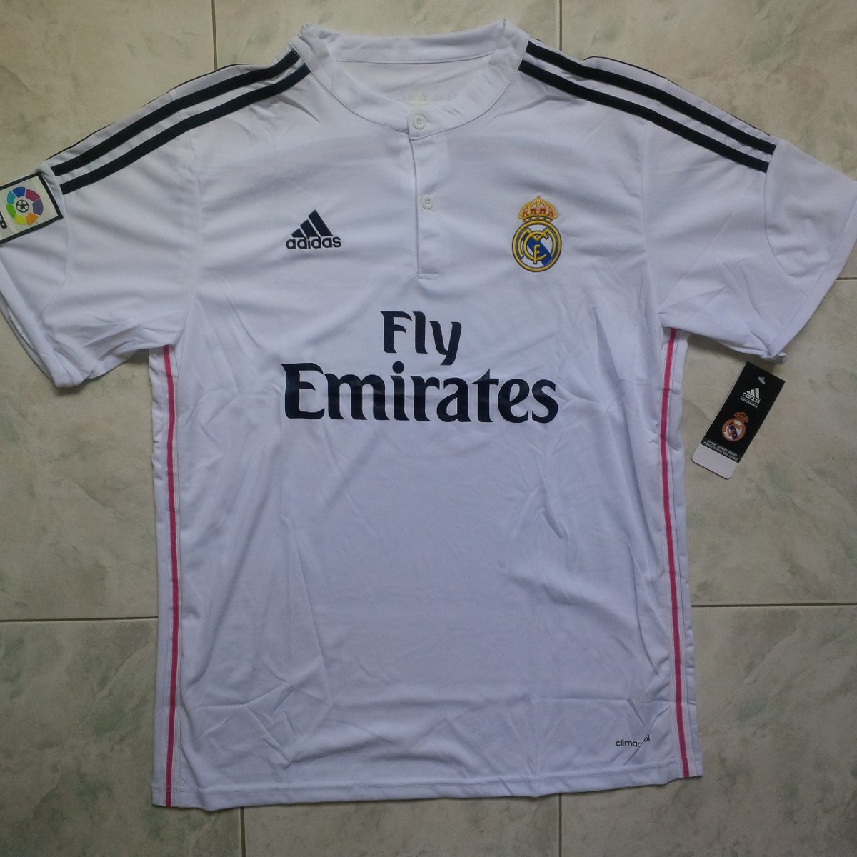 29fb29038fe84 camiseta real madrid local 2014- 2015 estampadas cr7. Cargando zoom.