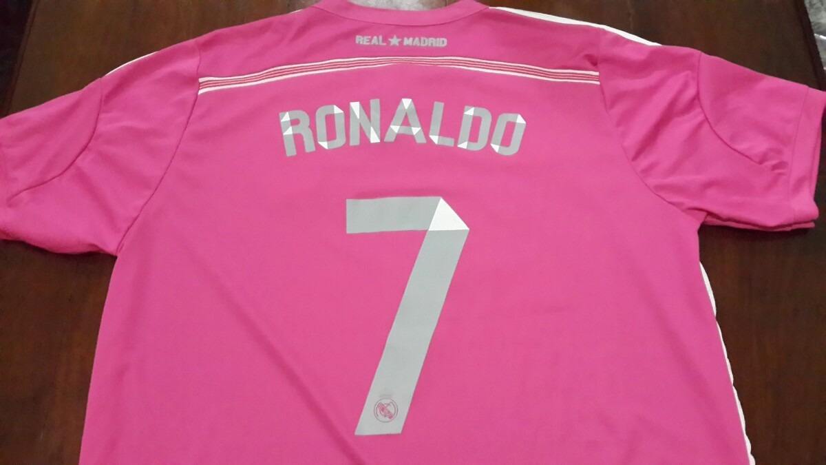 1691594cfc0f2 camiseta real madrid - rosa - cristiano ronaldo. Cargando zoom.