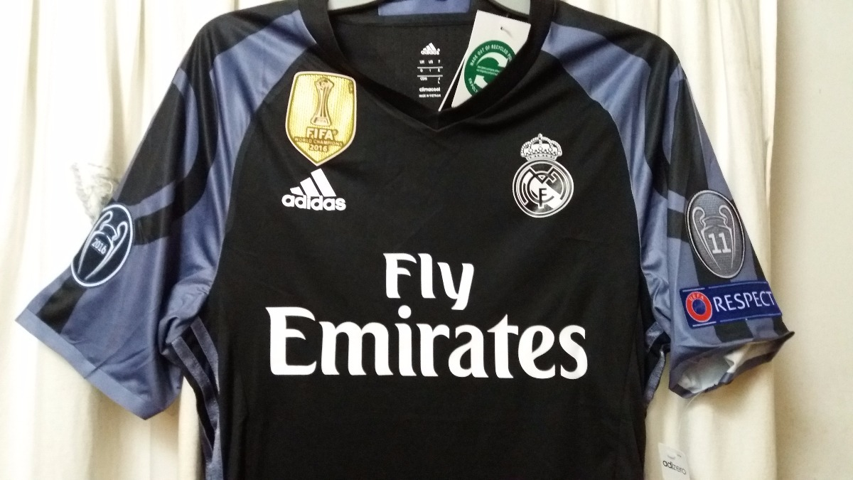 Camiseta Real Madrid Tercera Version Jugador 16-17 -   18.000 en ... db4e843ca50b8