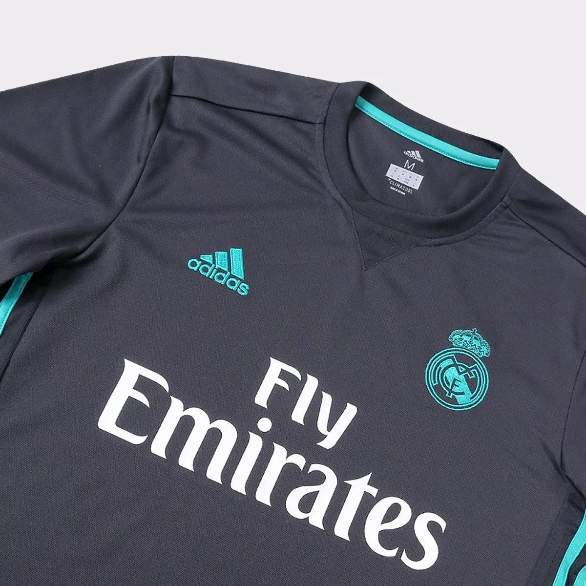 49003ff173ac2 camiseta real madrid torcedor oficial champions 2018. Carregando zoom.