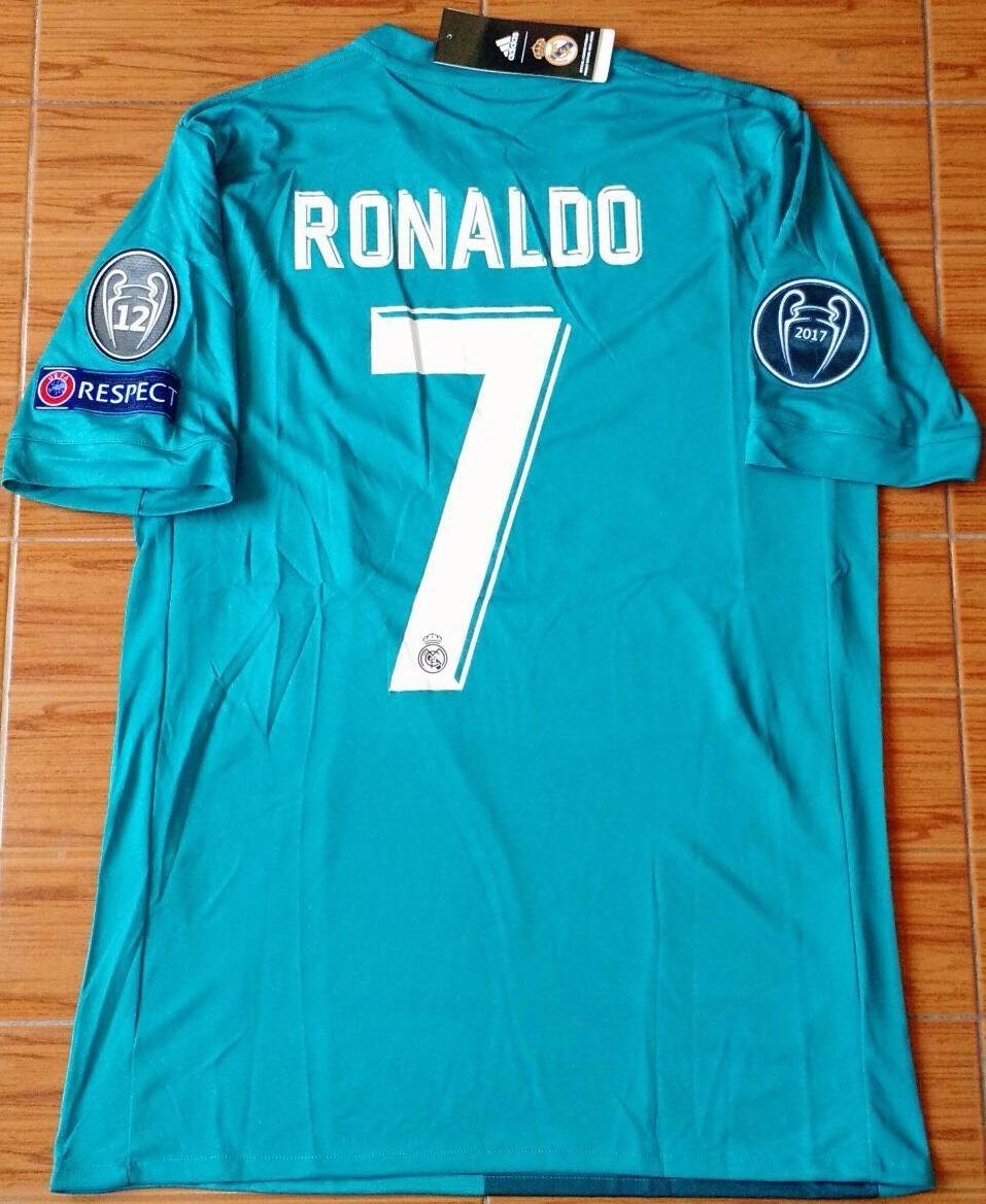 4cad4f8104358 camiseta real madrid turquesa 2017 18 ronaldo champions. Cargando zoom.