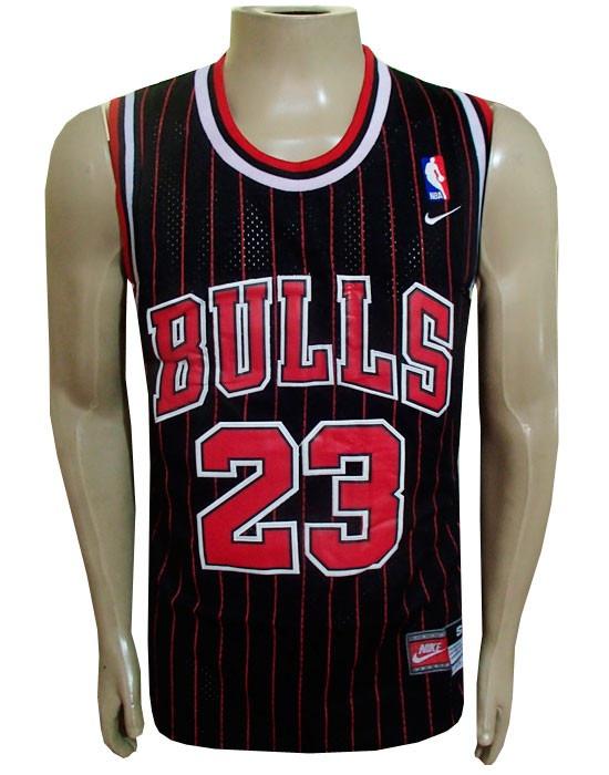 487c6399c2 Camiseta Regata adidas Chicago Bulls Preta Jordan Retro - R  97