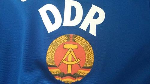 camiseta retro alemania del este ddr titular