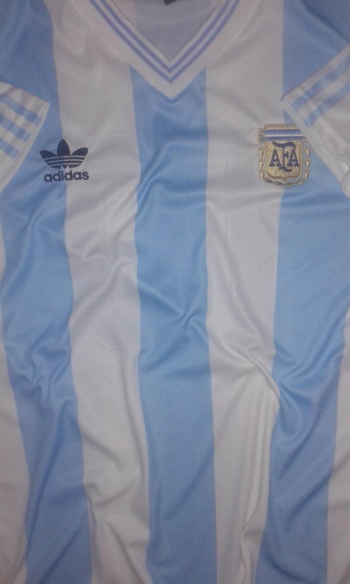 camiseta retro argentina mundial 1990 titular maradona. Cargando zoom. 0332332ae67de