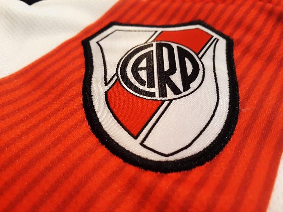 68fb0e59a Camiseta River Plate 2019 Niño Alterna Personalizada Numero -   650 ...