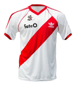 ahorrar 16437 849c5 Camiseta River Plate Retro 1986 Fateo Titular Beto Alonso 86