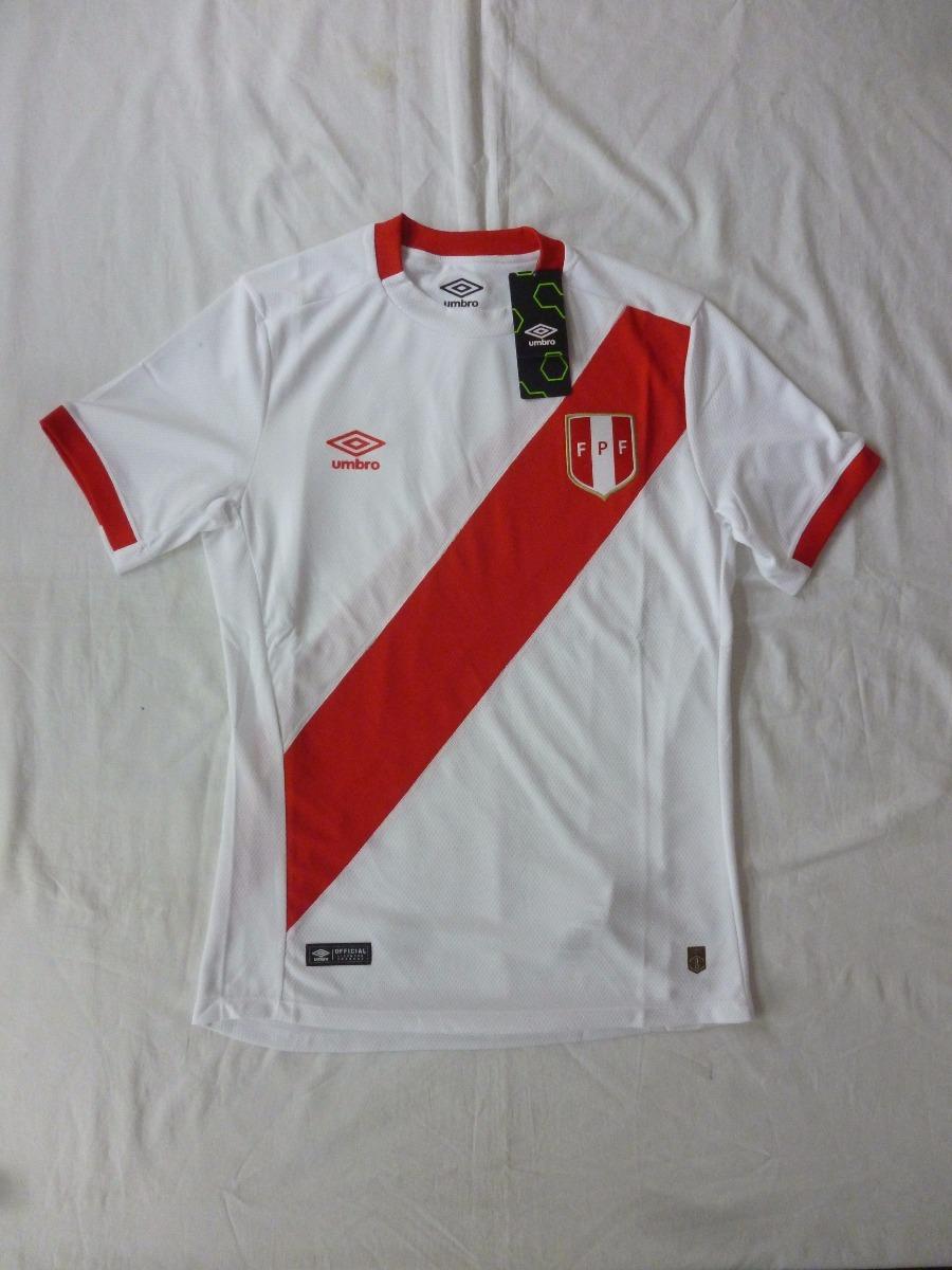 0a9ebadf55766 camiseta selección peruana de fútbol umbro original new 2017 · camiseta  selección fútbol. Cargando zoom.