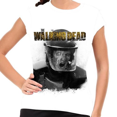 camiseta the walking dead zumbi da armadura bw baby look