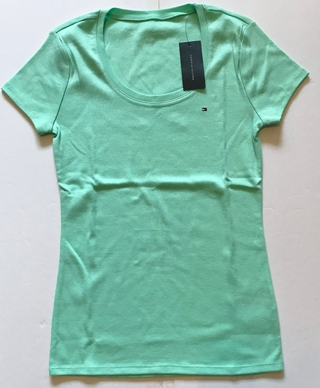 7d2c05e41 Camiseta Tommy Hilfiger - Feminina - Importada - R$ 129,90 em ...
