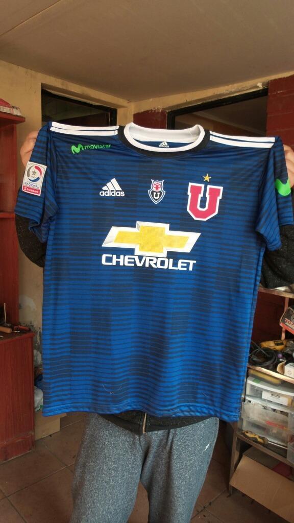 Camiseta Universidad De Chile 2018 -   11.000 en Mercado Libre 6184acce8c90f
