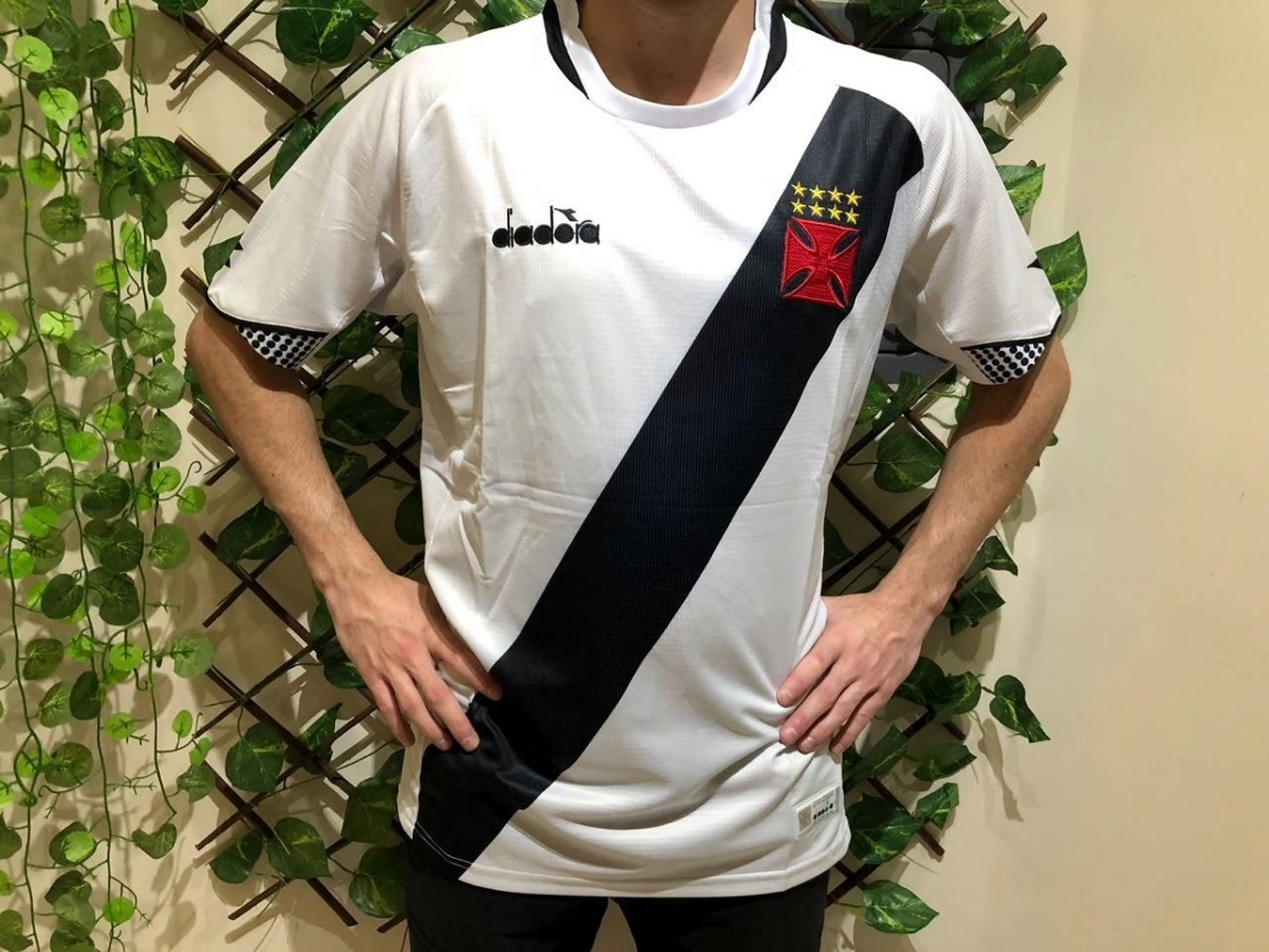 camiseta vasco da gama branca torcedor s n° original 2018. Carregando zoom. 9e6b7b2c73ef5