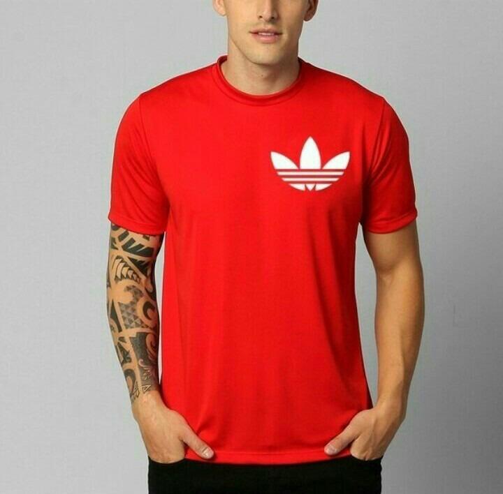 5471e6b0e2b38 Camiseta Vermelha - adidas Personalizada - R  40