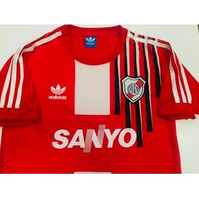 d377a4f45 Camiseta Retro River Plate 1992 - Camisetas de Clubes Nacionales ...