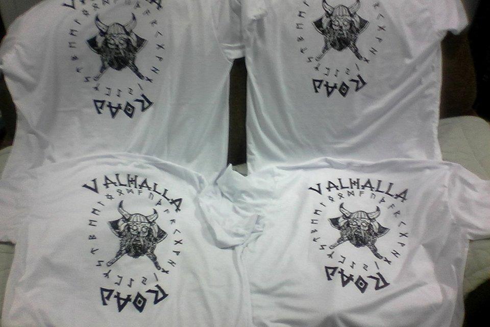 0fc43875557f73 camisetas básicas estampadas com serigrafia ou sublimação. Carregando zoom.