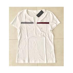 487d36f7cfc3a Camiseta Tommy Hilfiger Feminina Branca Bordada Original G. R  148