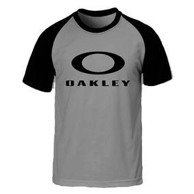 45aa9fdd40d31 Oakley Camisa Feminina - Camisetas no Mercado Livre Brasil
