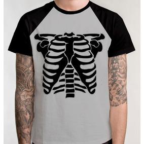 8d1f2fba5 Camiseta Esqueleto Humano Raio X - Camisetas e Blusas no Mercado Livre  Brasil