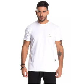 702a70776 Camiseta La Mafia Camisetas Blusas - Calçados