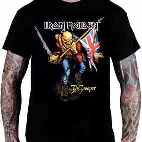 b23279d41 Camiseta Iron Maiden Iron Maiden (montagem Primeiro Album ...