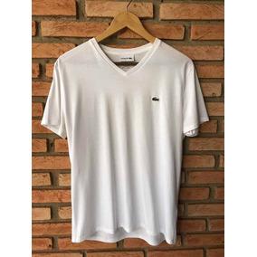 642c6c1478c27 Camiseta Gola V Lacoste - Camisetas Manga Curta para Masculino no ...