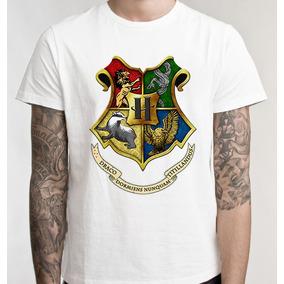 da90807b2 Blusa Do Brasao De Hogwarts - Camisetas e Blusas no Mercado Livre Brasil