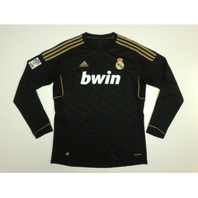 96ab18c8360ea Camiseta Real Madrid Negra Mangas Largas en Mercado Libre Argentina